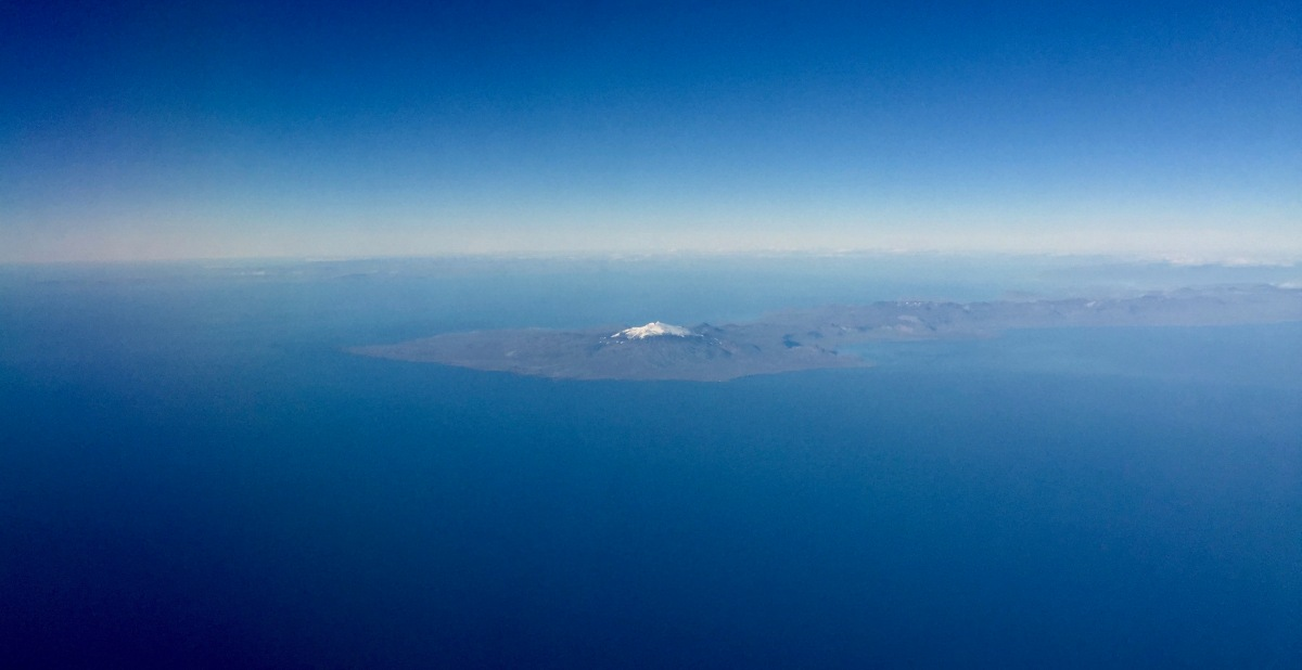 Flying past Snæfellsjökull